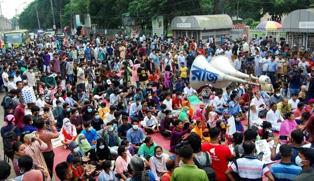 201009_Rape_Protest-Bangla_1000.jpg