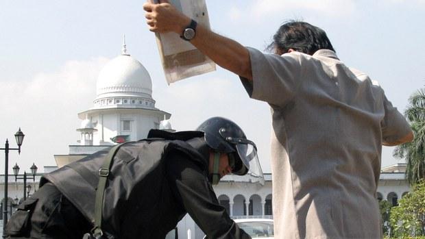 আদালতের রায়: 'আমৃত্যু' বলা না হলে যাবজ্জীবন মানে ৩০ বছর কারাদণ্ড