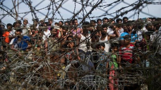 মিয়ানমারে সামরিক অভ্যুত্থান: বিক্ষোভকারীদের ওপর চলমান নিপীড়ন রোহিঙ্গাদের কাছে 'সেনাবাহিনীর পরিচিত চরিত্র'