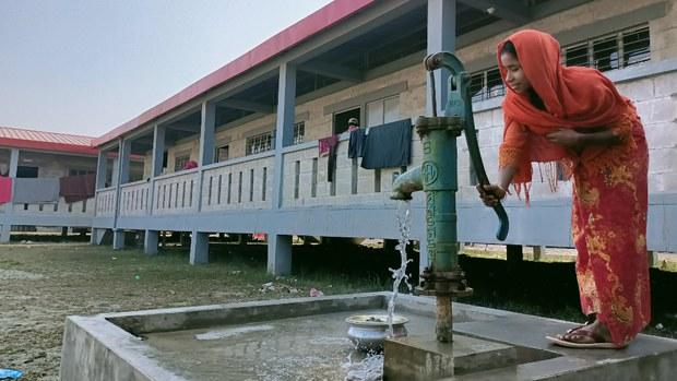ভাসানচর যেতে রাজি করাতে রোহিঙ্গাদের অর্থ ও নাগরিকত্বের প্রতিশ্রুতি দেওয়া হয়েছিল: রিফিউজি ইন্টারন্যাশনালের অভিযোগ