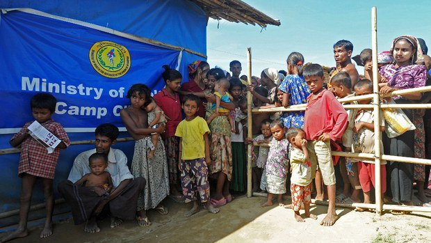 রোহিঙ্গাদের সমর্থন চায় মিয়ানমারের বিকল্প সরকার: মিশ্র প্রতিক্রিয়া