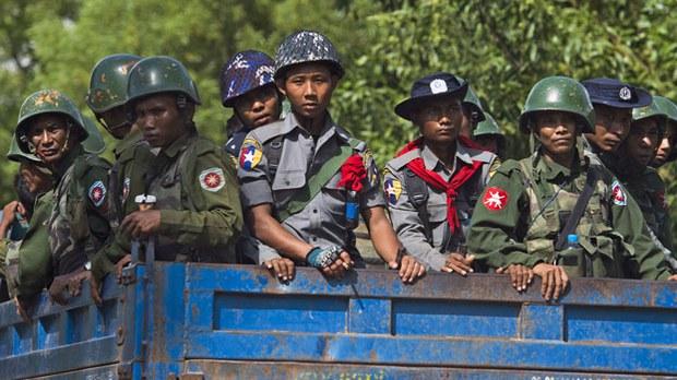 200910_Myanmar_Soldiers_Confession.jpg