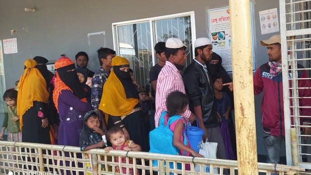 আন্তর্জাতিক আপত্তি সত্ত্বেও ভাসানচরে রোহিঙ্গা স্থানান্তর শুরু